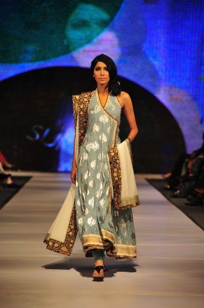 pakistani fashion - amazing!