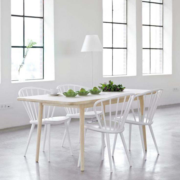 Svenssons i Lammhult - Möbler - Stolar / Miss Holly stol / täckvit