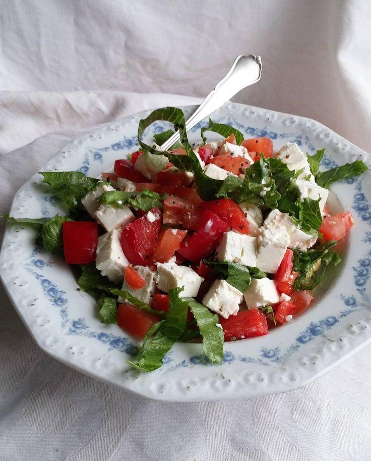 Salaatti.  #lounas #itsetehty #ruokablogi #ruoka#kotiruoka #herkkusuu #lautasella #Herkkusuunlautasella#ruokasuomi