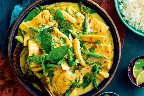 Enjoy the flavours of coconut, lemongrass, shrimp paste and ginger in a spicy curry packed with white fish. A protein-powerhouse of flavour and colour, this dish will be the highlight of the night.