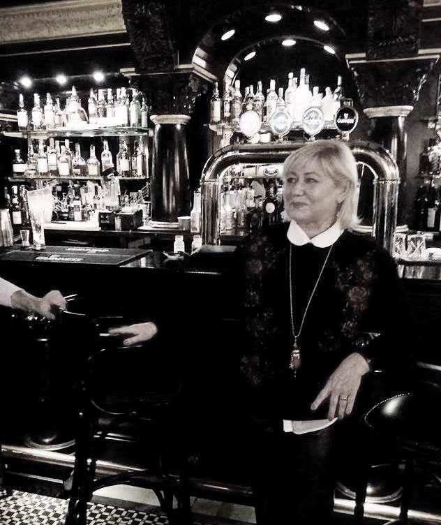 Luni, 20 noiembrie 2017, vedete si bloggeri din Romania si-au dat intalnire in centrul Bucurestiului, la The Harp Irish Pub & Restaurant, pentru a degusta noul meniu propus de locatia cu specific irlandez de pe strada Bibescu Voda, nr. 1, sector 3, Bucuresti. The Harp este o locatie primitoare, unde intotdeauna te asteapta o bere …