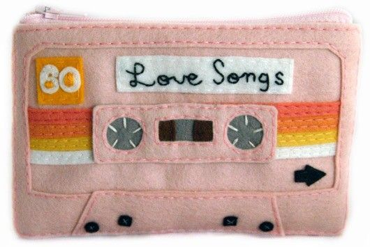 Mixed tape iPod case - I know I'd never have the patience to do this as carefully as it should be done, but I'll just pin it here as a reminder. Maybe one day.(: