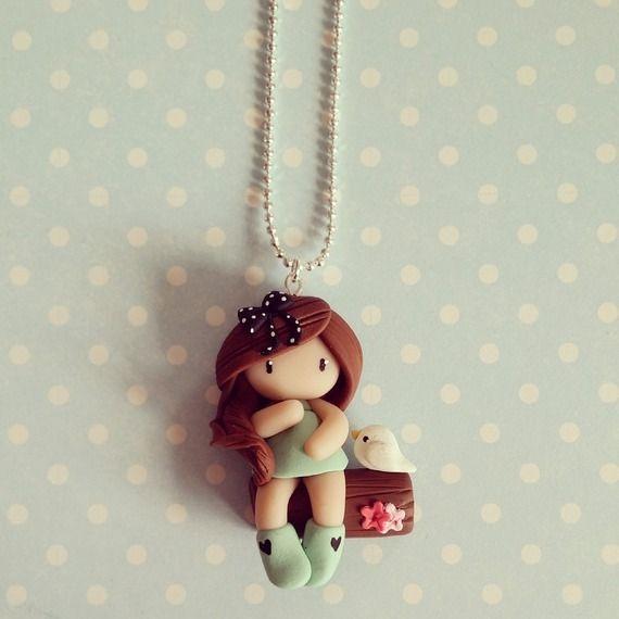 Collier Petite fille sur l'arbre - vert menthe