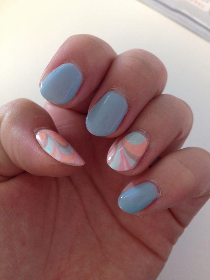32. Pastelblauw + marmeren met pastelkleurtjes