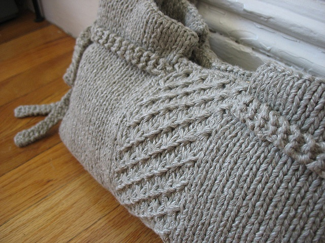 Free Knitting Pattern Gift Bag : 1000+ images about Knit - Hand/Tote Bags on Pinterest ...