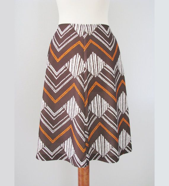70s Zig Zag Skirt in Brown & Burnt Orange, XS-S / W26