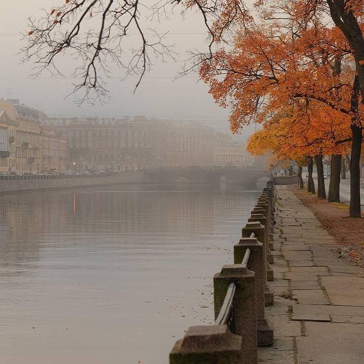 Fontanka River. Autumn in Saint-Peterburg. Photo by: Eduard_gordeev_Follow us on: - https://goo.gl/NKk858 - Twitter: https://goo.gl/PlLXiR - Pinterest:https://goo.gl/9NIzFX - Facebook:http://ift.tt/2ykyl6E #st_petersburg #stpetersburg#peterburg #spb #питер #Saintpetersburg #photooftheday#санктпетербург #этоПитерДетка#saint_petersburg #Russia #Saintpetersburg#saint_p #spb_planet #spbphoto #lovepetersburg#spb_live #rus_places#spb_inst #loves_russia #санктпетербург…