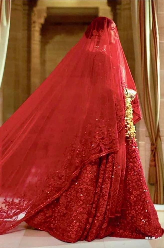 Unknown Facts About Priyanka Chopra S Classic Red Wedding Lehenga Sabyasachi Bridal Priyanka Chopra Wedding Sabyasachi Lehenga Bridal