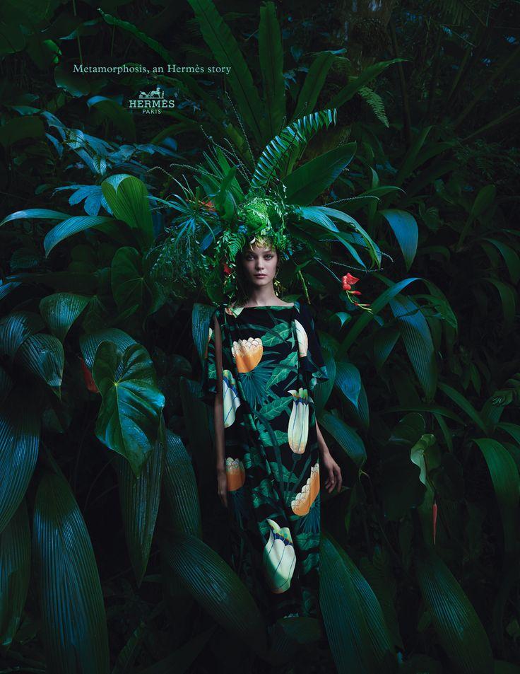 Metamorphosis, an Hermès story. Dress in crepe de Chine. Hermès 2014…