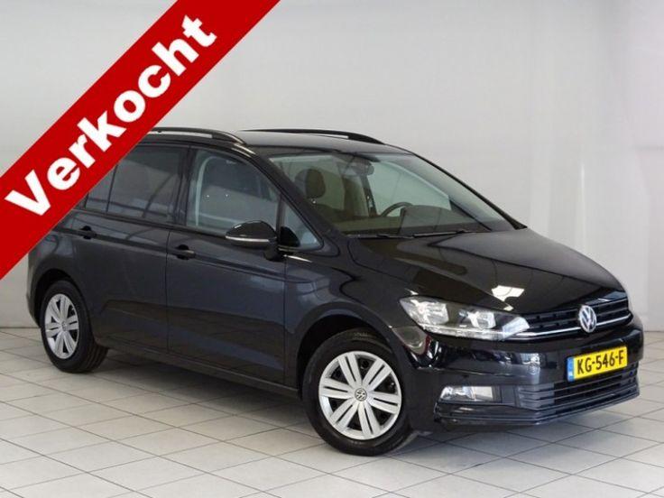 Volkswagen Touran  Description: Volkswagen Touran 1.6 TDI SCR HIGHLINE 7P NAVI ECC EXECUTIVE SPIEGEL PAK PDC 111 PK - 5062403-AWD  Price: 362.66  Meer informatie