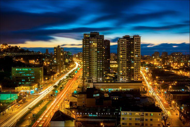 #ViñadelMar de noche.    #Chile #HSM #HotelSanMartín #Turismo