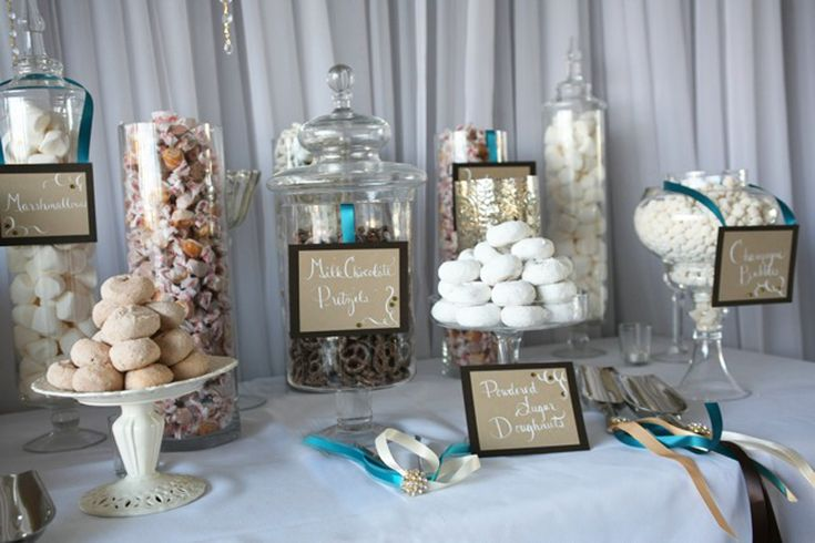 chocolate-white-candy-buffet-station-labels