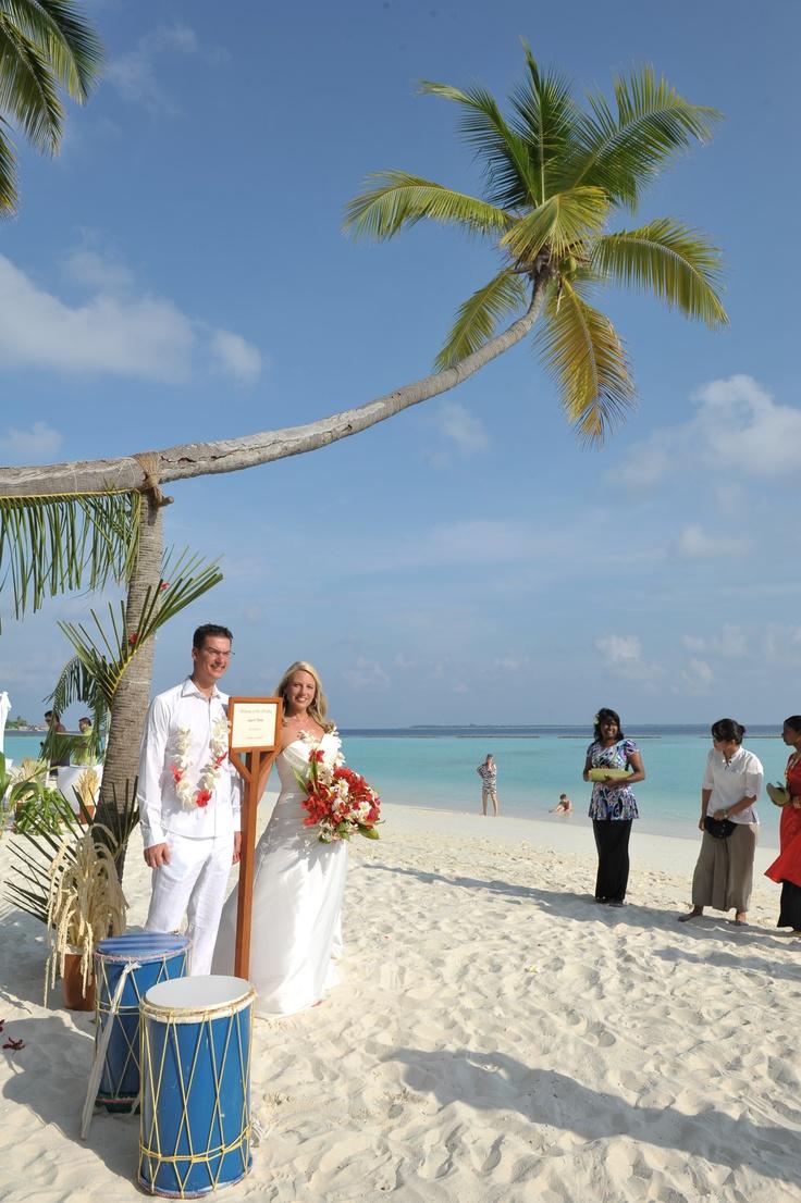 best beach wedding locations on budget%0A The best Destination Wedding  u     Honeymoon  MALDIVES   The sunny side