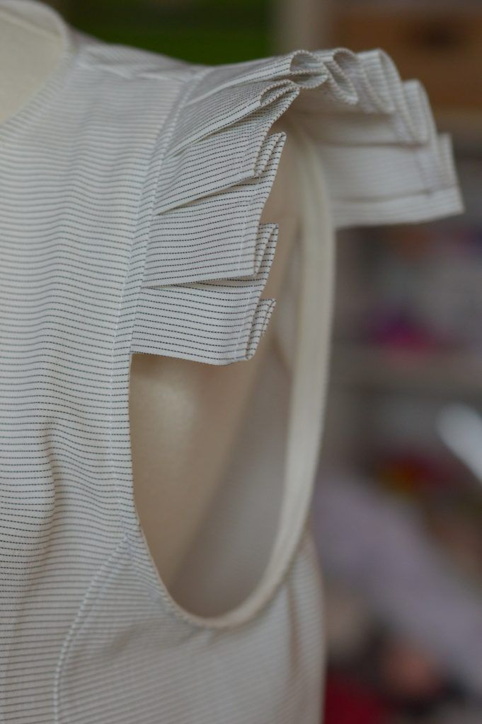 It is always a real pleasure to discover your interpretations of our patterns. It is often on InstagramI see beautiful realizations of yours, such as the Cezembre blouse with flat pleats realized by Angélique, aka Le Jardin d'Eden et Robin. When I saw this blouse it was love at first sight ! And you seemed … Continue reading Tutorial: Cezembre blouse with flat pleats →