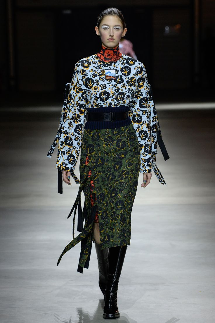 Kenzo Fall 2017 Ready-to-Wear Fashion Show Collection