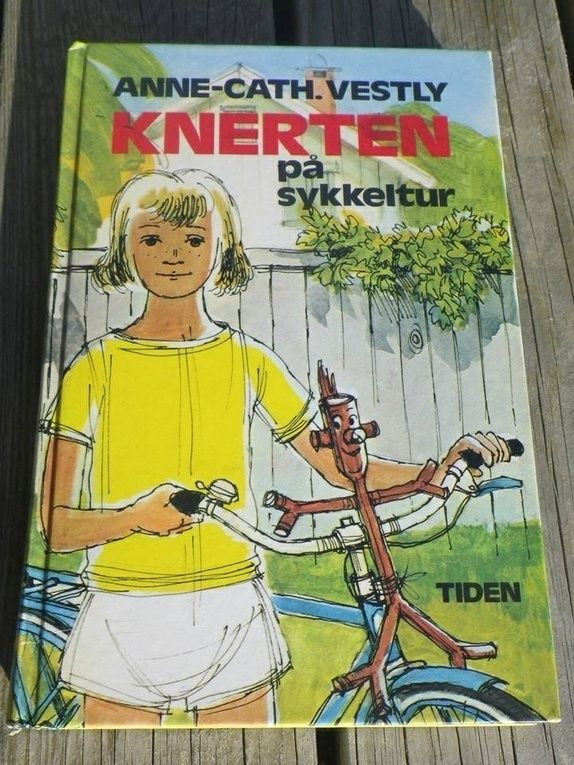 Knerten p� sykkeltur