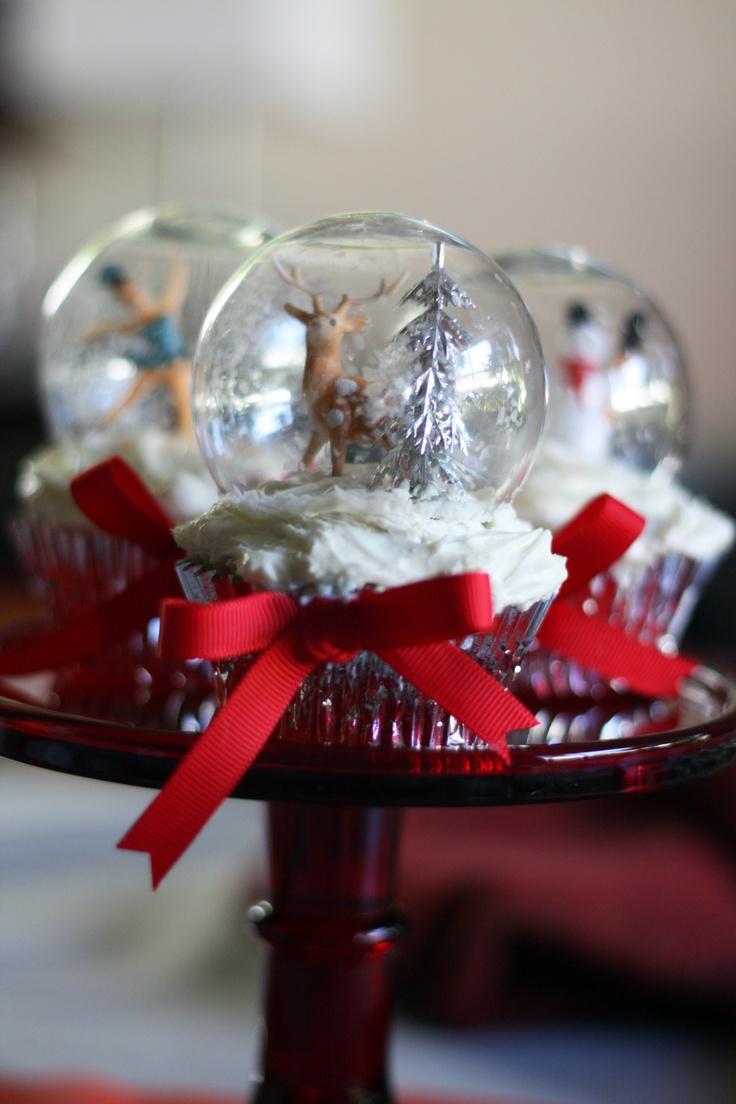 snow globe cupcakes - very cute idea!