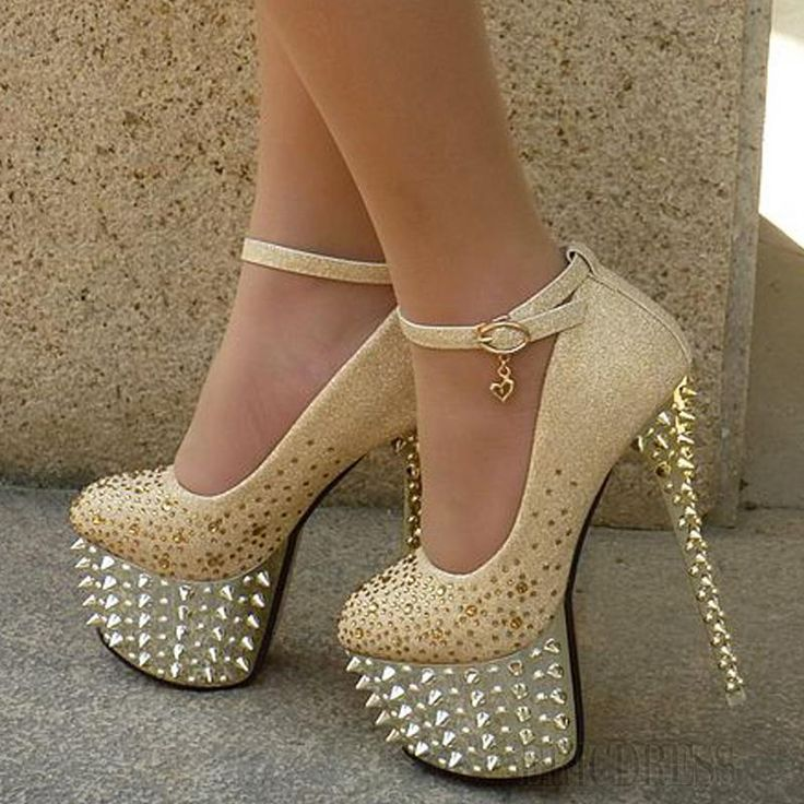 Bridal Shoes with Shining Spikes In Golden Color Prom Shoes