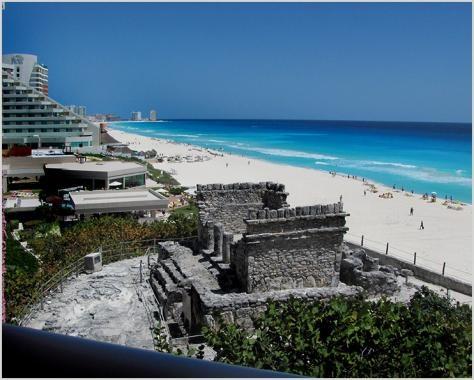 Yamil Lu'um, Cancun, Quintana Roo, México.