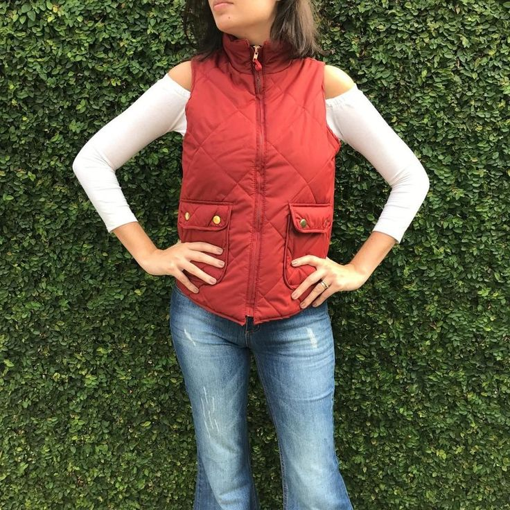 Colete de nylon acolchoado matelassê vermelho da marca Coleteria ♡ - Coletes femininos e infantis - Coleteria | sempre♡