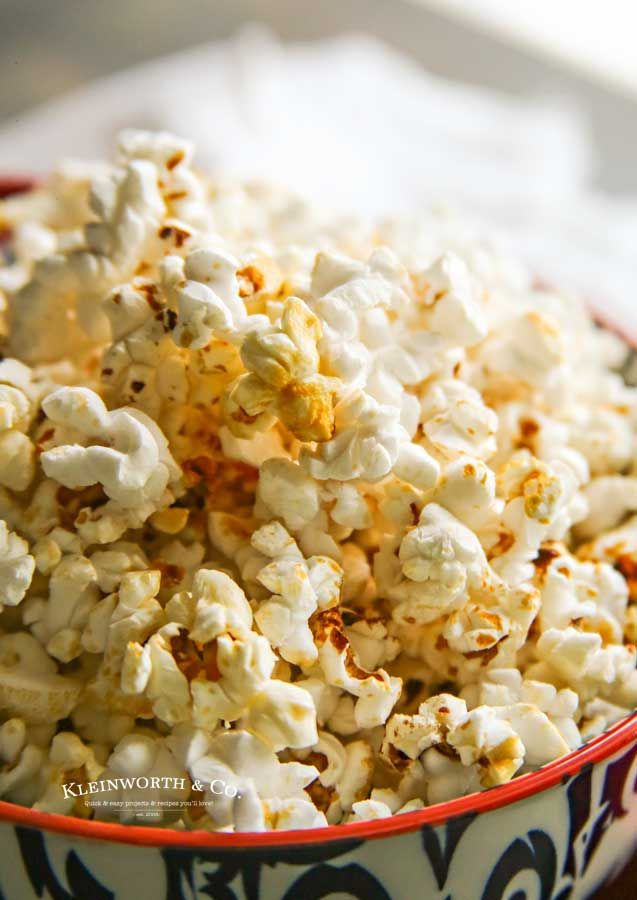 Did You Know That Making Homemade Kettle Corn Is Super Easy All You Need Is A Microw Homemade Kettle Corn Healthy Dessert Recipes Healthy Dessert Recipes Easy