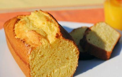Plumcake light senza uova: la ricetta con poche calorie - Ecco la ricetta per preparare un delizioso dolce ipocalorico, il plumcake senza uova.