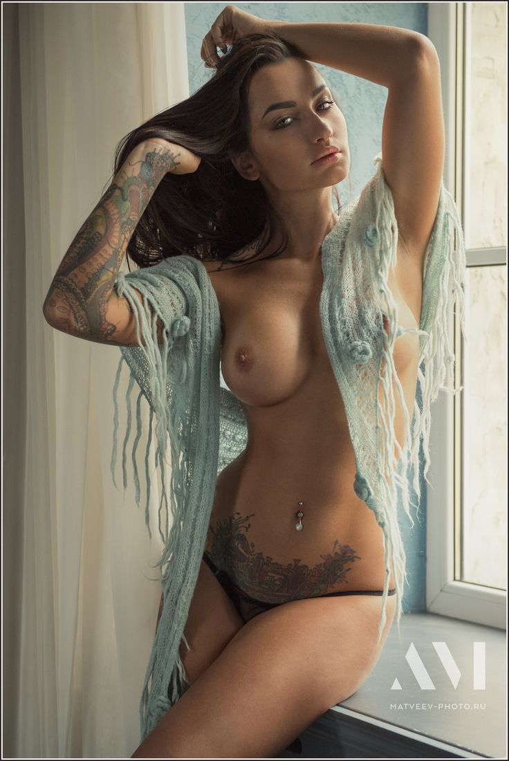 hot sexy tattoo women nude