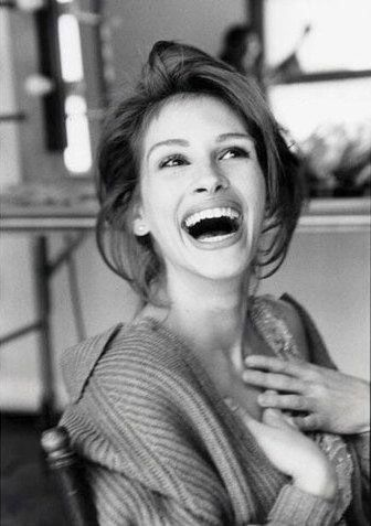 Julia Roberts black and white