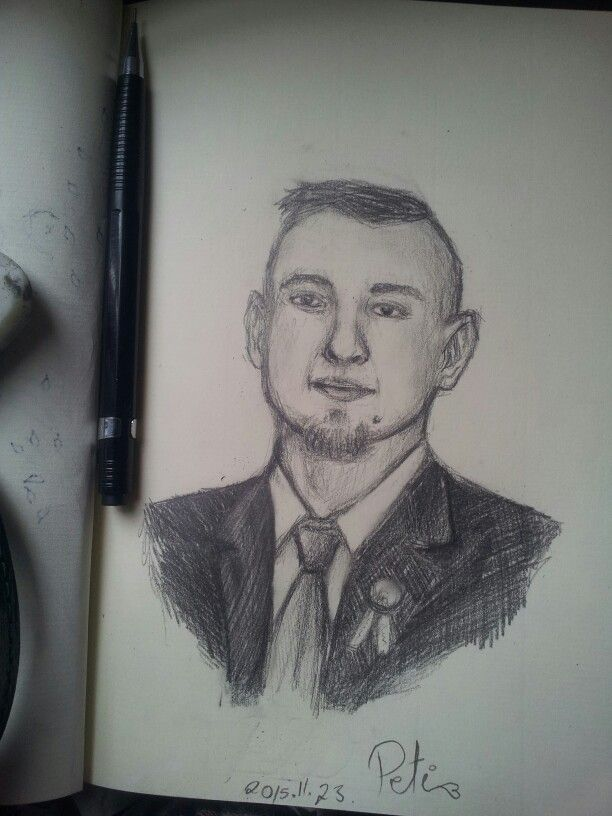 Im boring and drawing my bear <3