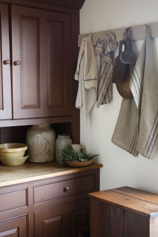 vintage kitchen linen