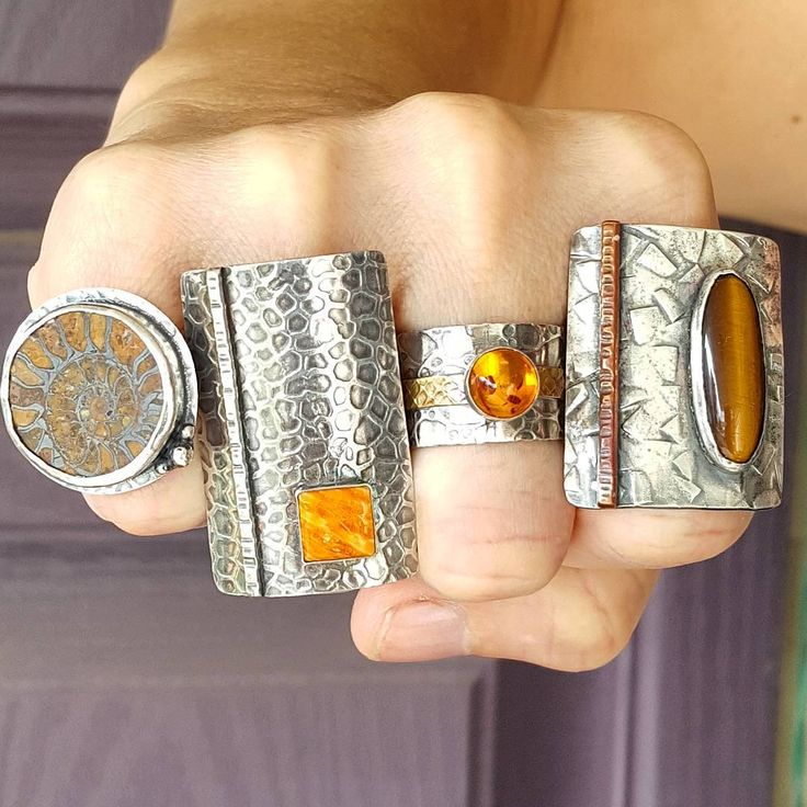 What's your favorite stone? Do you have one or 2 favorites you wear all the time or do you change it up every day?? Comment below.... And btw...all 4 of these available!