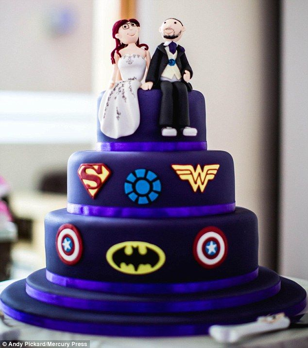 superhero wedding cake toppers australia 1000 ideas about wedding cake on 20610