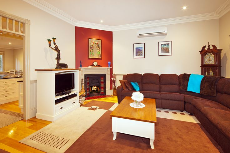 Cosy corners at Brantwood Cottage ~ Blue Mountains Accommodation in Blackheath NSW