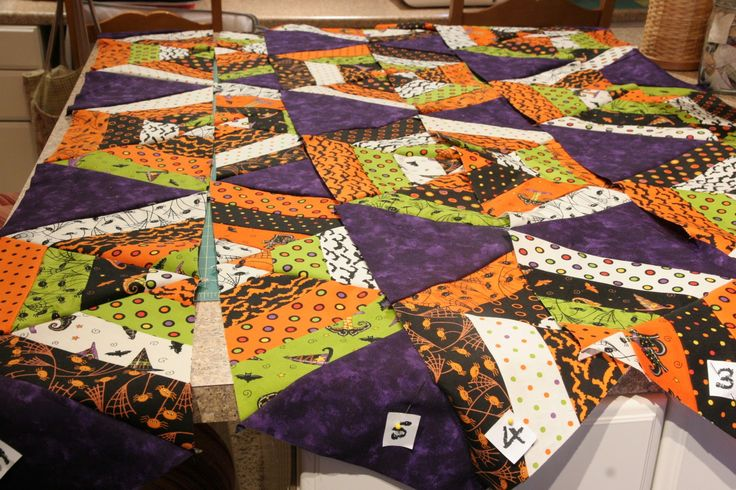 Spiders and Webs Quilt « Moda Bake Shop