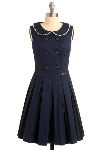 Love this, the buttons and the peter pan collar are great- however this wouldn't work on me I don't think