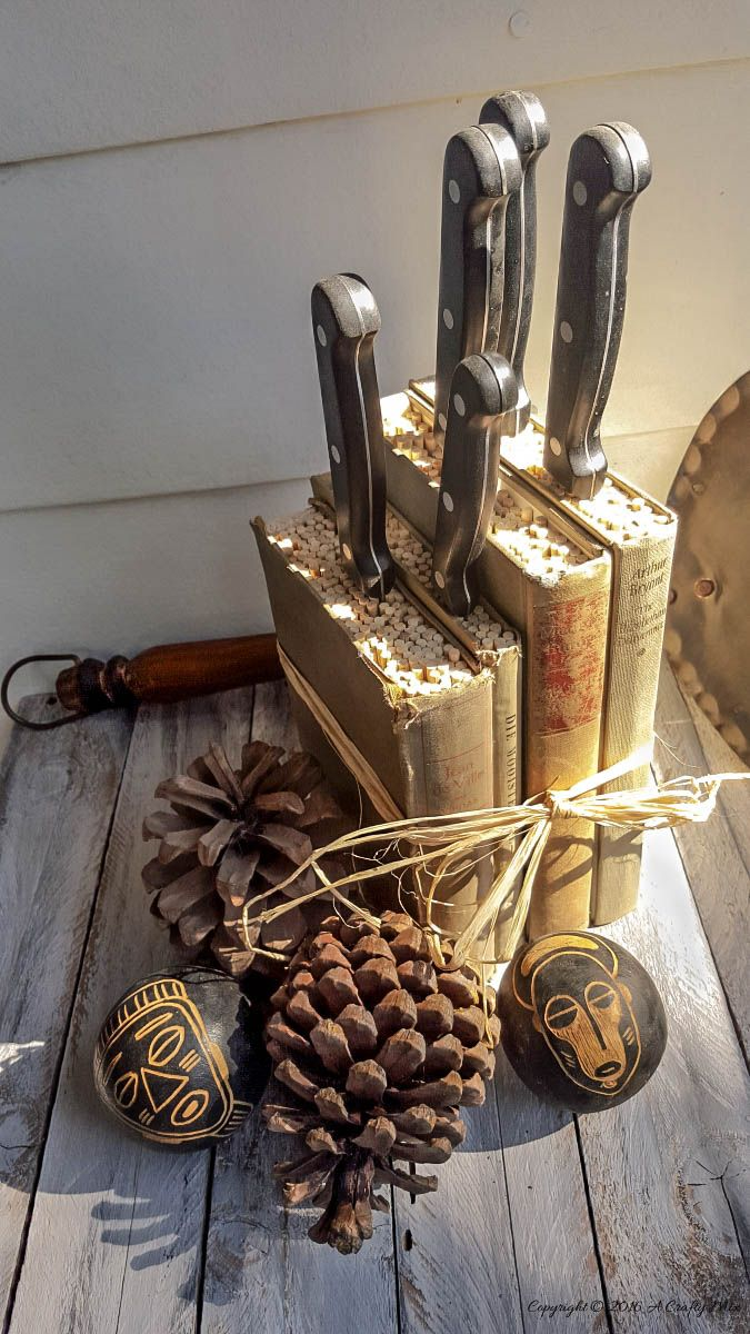 Old books, skewers and plywood make a awesome knife block - full tutorial