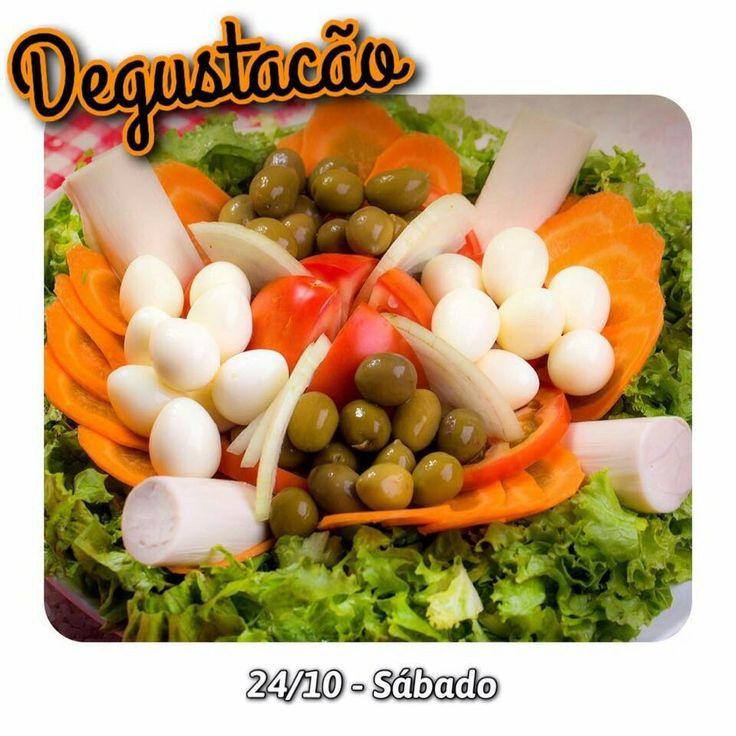 A Distribuidora Palmito & Cia oferece também ovos de codorna em conserva, macio e pronto para consumo! Convidamos você para experimentar mais esta novidade que disponibilizamos.  Nessa linha, temos para servi-lo:  Embalagens Bag de 1kg e Bag de 2kg.  DEGUSTAÇÃO DE OVO DE CODORNA NESTE SÁBADO DIA 24 DE OUTUBRO NA RUA ALMIRANTE TAMANDARÉ, 120 - MACUCO - SANTOS  ESPERAMOS POR VOCÊ!!!