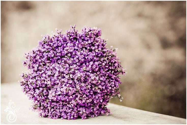 Schlicht aber wunderschön - Brautstrauß in Fliederfarbe