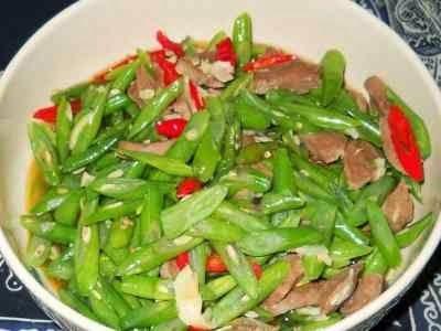 Resep Tumis Buncis Bakso Sapi - Anda mau tahu rahasia cara membuat sayur tumis bakso sapi yang enak dan gurih baca disini.
