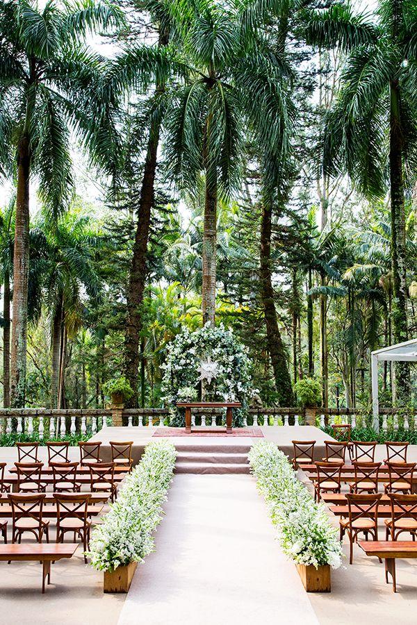 Veja os detalhes do casamento na Santa Bárbara de Juliana e Rodrigo, com fotos do Estúdio das Meninas.