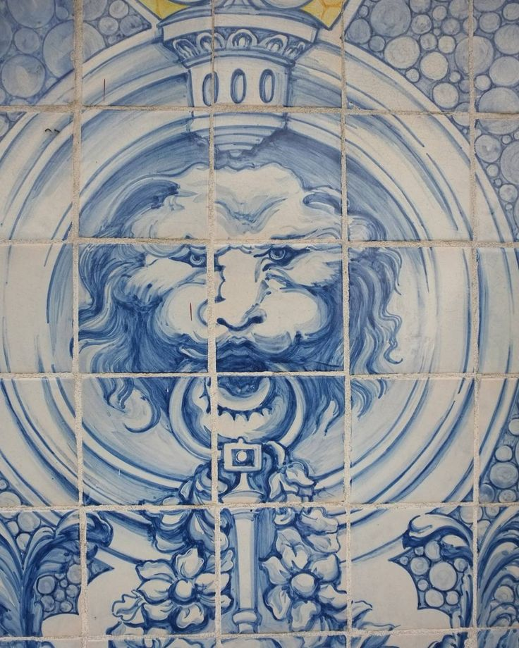 Lion #azulejo in #Lisbon #Portugal.  Oneof the many spectacular #azulejos around the city. If you go to Lisbon walk and trolley everywhere and you will discover  much more.  #euroscenes #travel #traveling #europetravel #traveleurope #europe #europeanvacation #travelgram #travelling #lisbonscenes #lisbonlovers #lisbonportugal #travelbug #travelphotography #travels #travelblog #travelpics #travelphoto