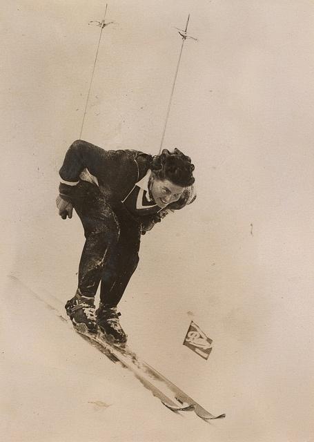 Künstler unbekannt - Hedy Schlunegger Schweiz, Siegerin Abfahrtslauf, 1948  ----  Unknown artist,  Hedy Schlunegger won the downhill competition in 1948 in Switzerland
