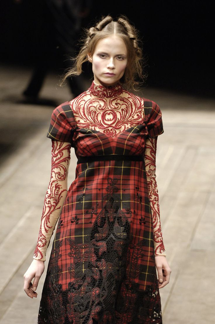 """Details of Alexander McQueen """"The Widows of Culloden"""" Fall/Winter 2006 collection / Savage Beauty Alexander McQueen / Victoria&Albert Museum / via fashioned by love British fashion blog"""