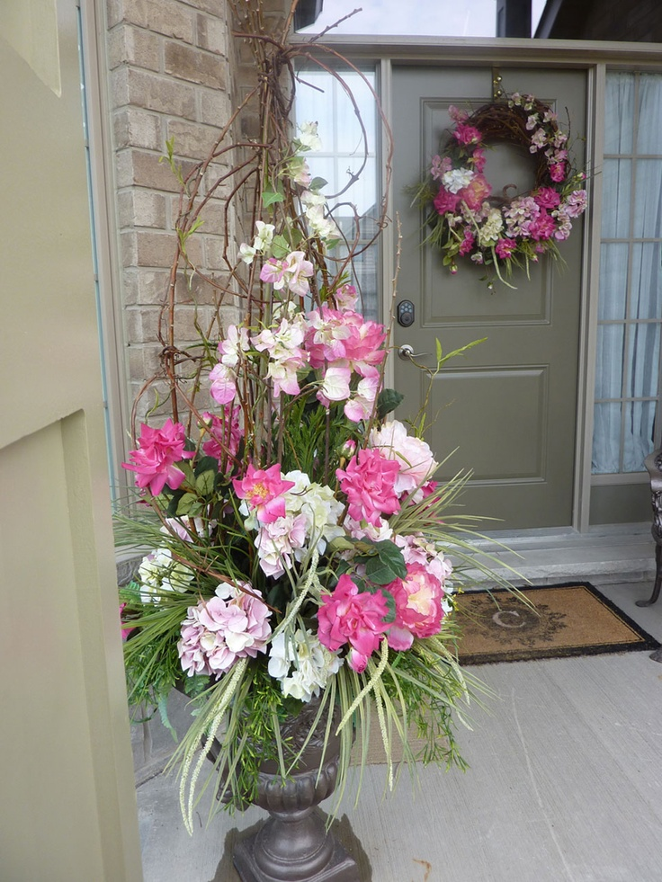 117 best spring porch decorating ideas images on pinterest Spring flower arrangements for front door