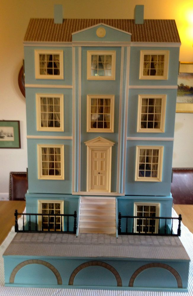 The Dolls House Emporium Georgian Berkeley Dolls House With Basement,  Furnished