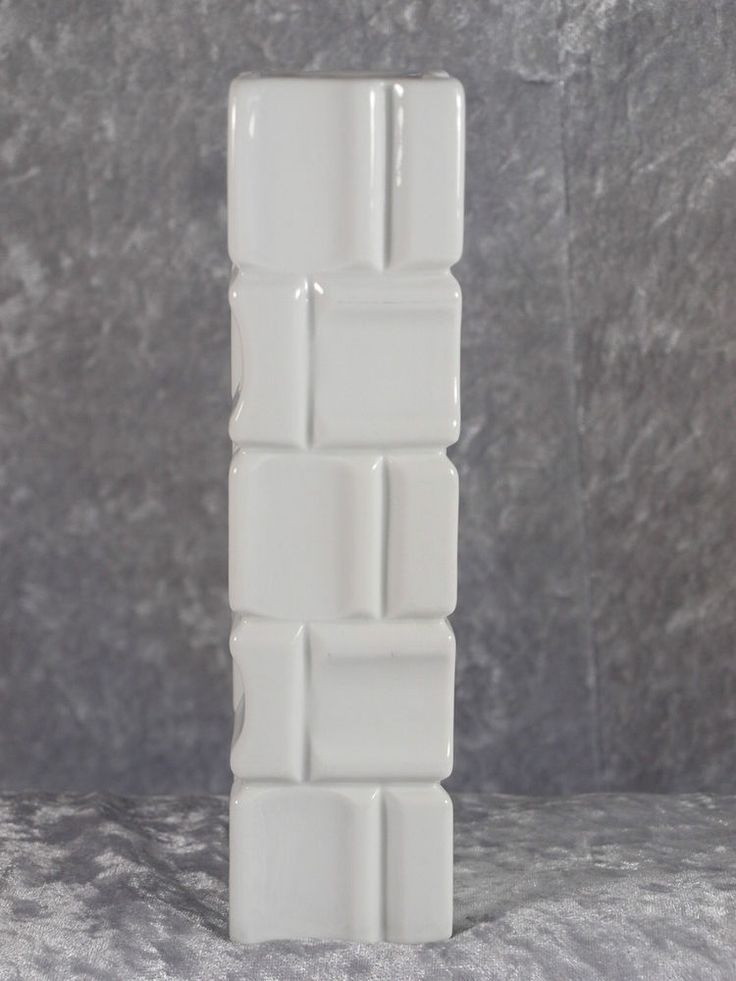 Winterling Porzellan Röslau weisse Vase Designvase 20 cm Rockabilly 60er 70er