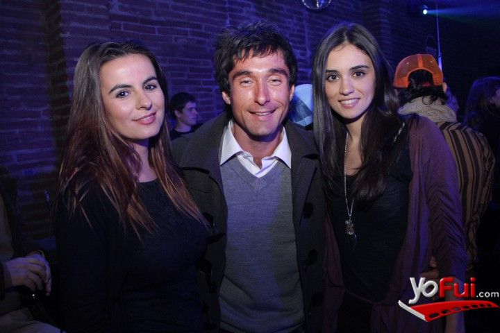 "YoFui.com: Pía Guzmán, Claudio Iturra, Bernardita Middleton en Fiesta ""Be the next one"" de Skechers, Factoría Italia, Santiago (Chile)"