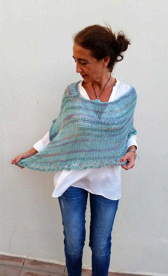 Green mint poncho sweater, hand knit poncho por EstherTg