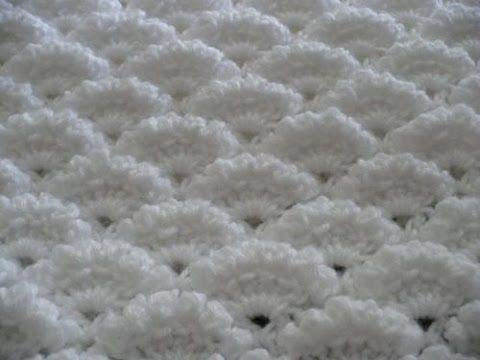 Punto abanicos en relieve tejido a crochet - YouTube