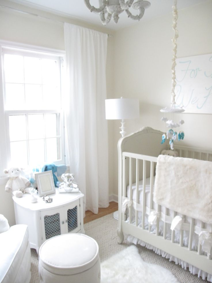 White nursery via Project Nursery. #laylagrayce #nursery